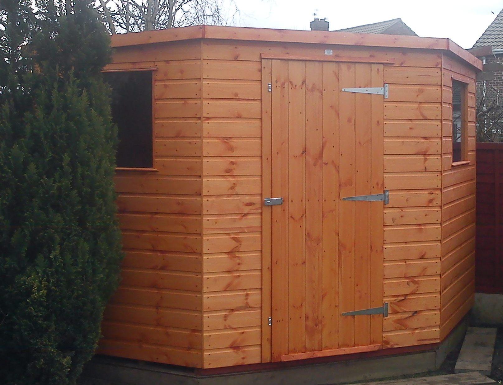 Corner garden sheds 7x7 home design ideas for Corner garden shed designs